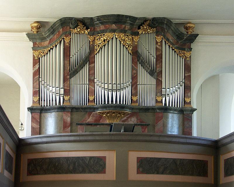 800px-Hildebrandt-Orgel_Störmthal